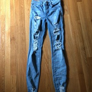 Popular AE ripped jeans